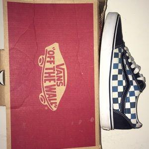 Vans checkered box